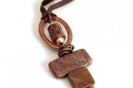 Stone Heart Pendant - Agua Nueva